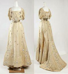 1905. Evening dress, Jeanne Hallée. http://metmuseum.org/