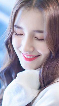 ★♀Non Stop Beauty™ Lovely Girl Image, Cute Girl Pic, Cute Girls, Nancy Jewel Mcdonie, Nancy Momoland, Korean Beauty Girls, Asian Beauty, Prity Girl, Cute Girl Wallpaper