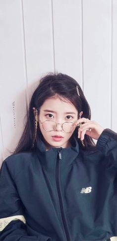 Pretty Korean Girls, Cute Korean Girl, Cute Asian Girls, Korean Actresses, Korean Actors, Korean Celebrities, Celebs, Iu Fashion, Poses