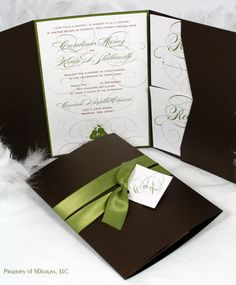 "The Perfect ""Pear"" Wedding Invitation"