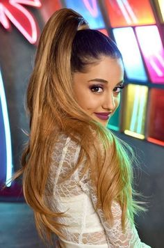 Top Ariana Grande Hairstyle 2017 21