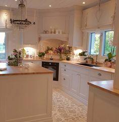 Home Decor Kitchen, Country Kitchen, Home Kitchens, Kitchen Dining, Kitchen Cabinets, Kitchen Drawers, Cocinas Kitchen, Cuisines Design, Beautiful Kitchens