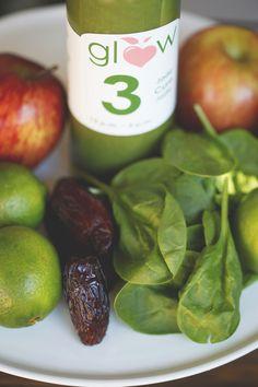 Voici 3 raisons d'adorer notre smoothie vert #CureJade Contribue à la satiété Aide à régulier le pH du sang Exhausteur de l'humeur ~ Here are 3 reasons to love our green smoothie #JadeCure Contribute to satiety Helps regulate blood sugar Mood enhancer ~ Réservez votre cure d'été // Book your summer cleanse:  514-947-GLOW(4569) http://glowcleanse.com