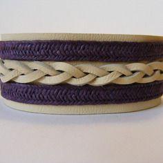 Bracelet manchette en cuir beige