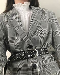Korean Fashion Trends you can Steal – Designer Fashion Tips Korean Fashion Trends, Asian Fashion, 90s Fashion, Love Fashion, Fashion Outfits, Womens Fashion, Fashion Tips, Sinclair, Outfit Goals