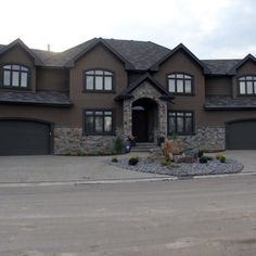 Home Owner Project In Mclauhan Bluff Browse This Edmonton Builder Portfolio Item And More At Met Exterior Stucco Stone
