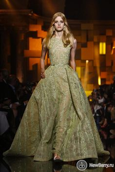 Elie Saab Haute Couture fall winter 2015-2016