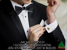 5 Fashion Mistakes That Grooms Make - The Wedding Notebook magazine Mens Summer Wedding Suits, Custom Clothes, Custom Shirts, Smoking, Wedding Notebook, Great Neck, Groom Looks, Portraits, Groom Style