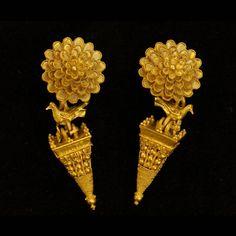 woodsmoke and coffee — ancientpeoples: Earrings Pair of gold earrings...