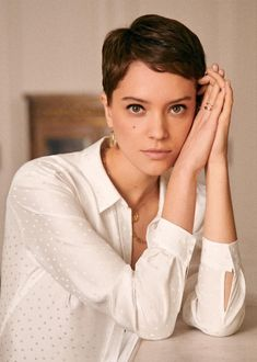 Pixie Cut with a Tapered Fade - 20 Bold Androgynous Haircuts for a New Look - The Trending Hairstyle Short Pixie, Pixie Cut, Short Hair Cuts, Short Hairstyles For Women, Bob Hairstyles, Straight Hairstyles, Shaved Hairstyles, Casual Hairstyles, Medium Hairstyles