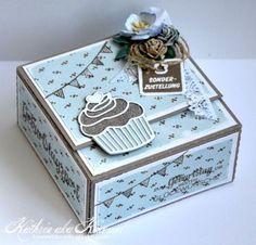 Hallo ihr Lieben, *** Hello peeps, heute zeigen wir euch eine schnelle Anleitung für eine Flatbox. Für alle Cameo Besitzer gibt e...