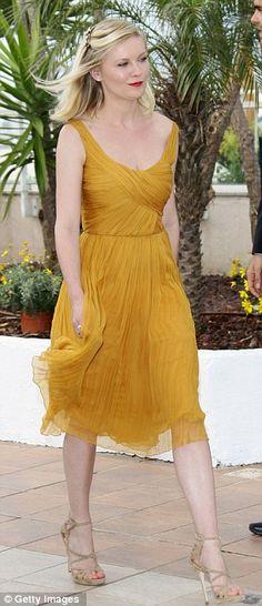 I want a yellow sundress so bad