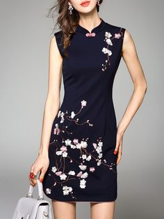 Sleeveless Crew Neck Embroidered Casual Floral Mini Dress