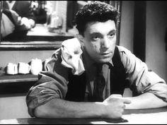 Ubiytsy / The Killers (A. Tarkovsky, 1956) Foi um dos primeiros filmes de Tarkovsky, após ter ingressado na escola de cinema de Moscou VGKI em  1954. Neste filme em co-direção com Aleksandr Gordon, este filme teve como inspiração o conto de Ernest Hemingway, o elenco é composto pelos próprios diretores ( Tarkovisky aparece como um dos clientes do bar).