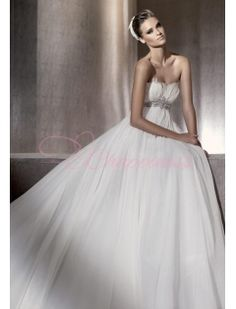Sheath Strapless Chiffon Wedding Dress Style
