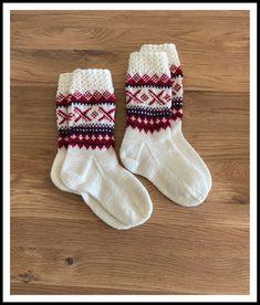 Hjemmestrikket sokker i Viking Sportsragg