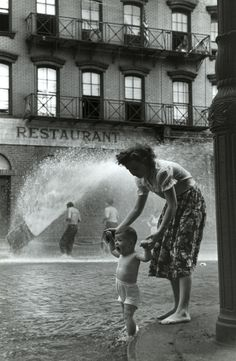 Photo: Ruth Orkin This must be heaven for those kids playing outside :)