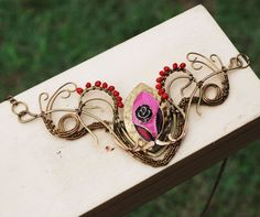 Maroon Rose Lady Wire Wrap Crystal Metal Creative Spiral Swirl Artisan Necklace #Jeanninehandmade #Wrap