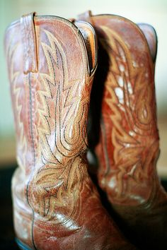 Little known fact about me: I want to own one pair of good cowboy boots in my lifetime--to wear with a little dress or skinny jeans...and learn how to line dance. :)