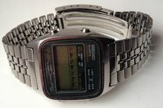 ON AUCTION ON WEDNESDAY 14 JANUARY FROM 8pm.......MENS VINTAGE SEIKO A127-5000 MULTI FUNCTION CHRONOGRAPH ALARM DIGITAL WATCH