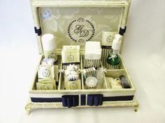 Divina Caixa: Caixa Kit Toalete BORDADA para festa de casamento ...
