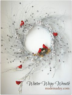 DIY holiday decorations, crafts and more. Yarn snowman, Winter Wispy Wreath, Christmas crafts garlands and a faux deer head! Christmas crafts to make, holiday decorations and more. Noel Christmas, Christmas Projects, Winter Christmas, Christmas Ornaments, Xmas, Winter Snow, Christmas China, Red Ornaments, Wreath Crafts