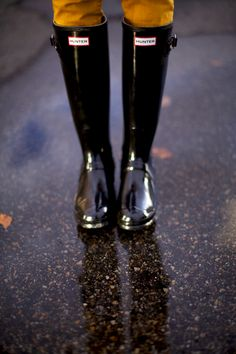 Black hunter boots - perfect for Oregon winters.