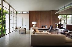 WINDOWS  Bridle Road Residence, Cape Town, South Africa. Interiors are by Reese Roberts + Partners.