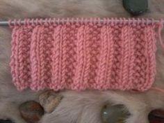 Save those thumbs Knitting Videos, Knitting Stitches, Knitting Patterns, Different Patterns, Knitted Hats, Knit Crochet, Chevron, Zig Zag, Motifs