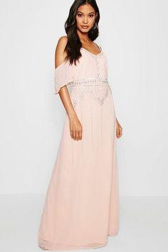 180cba7c9ce5c 14 Best Plus-Size Fashion images | Bride dresses, Alon livne wedding ...