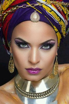 Glitter Delight - The Glitter Graphics Maker Color Splash, Color Pop, Photo Repair, Body Shots, Exotic Beauties, Beautiful Lips, Beautiful Women, Beautiful People, Stunning Eyes