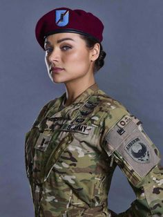 Badass is the new sexy Military Girl, Military Police, Mädchen In Uniform, Female Soldier, Military Women, Girls Uniforms, Poses, American Pride, Armed Forces