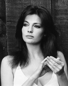a saucerful of beauties Classic Actresses, Beautiful Actresses, Actors & Actresses, Hollywood Glamour, Old Hollywood, Jacqueline Bissett, Vaquera Sexy, Gal Gabot, Star Francaise