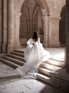 Queen Aesthetic, Princess Aesthetic, Dream Wedding Dresses, Wedding Gowns, Ethereal Wedding Dress, Bridal Gown, Pretty Dresses, Beautiful Dresses, Flowy Dresses