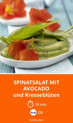 Spinatsalat mit Avocado - und Kresseblüten - smarter - Kalorien: 226 kcal - Zeit: 25 Min. | eatsmarter.de