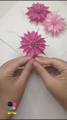 Origami And Quilling, Paper Crafts Origami, Paper Crafts For Kids, Diy Crafts Hacks, Diy Crafts For Gifts, Creative Crafts, Paper Flowers Craft, Flower Crafts, Diy Flowers