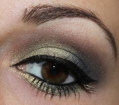 The Body Shop Eye Colour 44 Golden Meadow   http://www.talasia.de/2014/09/29/eyes-the-body-shop-eye-colour-44-golden-meadow/
