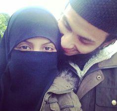 ياسَمين (@yasmiineraafat) | Twitter Cute Love Couple, Perfect Couple, Cute Muslim Couples, Cute Couples, Love Pictures, Couple Pictures, Arab Couple, Islam Marriage, Cute Love Lines