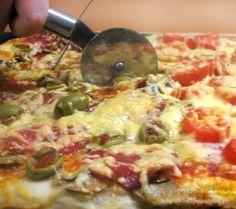 Tzatziki, Hawaiian Pizza, Salad Recipes, Kfc, Cooking, Bourbon, Jack Daniels, Impreza, Kentucky Derby