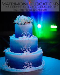 Il leitmotiv di questo fantastico matrimonio era il MARE. La Wedding Cake… CHE SPETTACOLO!!!!!. Ti piace?  #matrimonielocations #matrimonio #wedding #nozze #mariage #sposi #sposa #weddingcake #tortanuziale #ritocivile #tortamatrimonio #weddings #weddingday #organizzazionematrimoni #instamatrimonio #weddingplanner #location #locationmatrimoni #matrimoniamilano #weddinginspiration #weddingparty #mare Wedding Planner, Wedding Cakes, Desserts, Food, Weddings, Wedding Planer, Wedding Gown Cakes, Tailgate Desserts, Deserts
