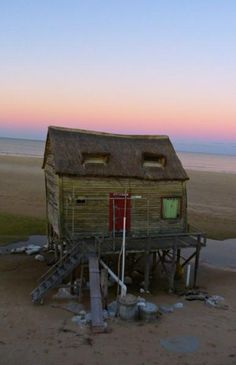 Cabaña en la playa de Valizas