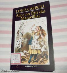 Capa do livro Alice no País das Maravilhas Lewis Carroll