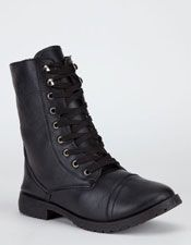 Women's Shoes: Sneakers, Boots, Sandals, Heels, Wedges, Flats, Slip-ons, Slippers – Tillys.com