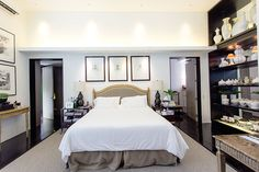 According to Conrad, the ceiling height in the master bedroom is equivalent to two storeys. The high ceiling makes the private sanctuary seem well-lit, grand, and majestic.�