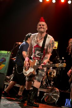 Photos: NOFX/LAGWAGON in Paris, 2014!