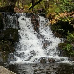 Tucked away in the higher elevations of Baraga County, Ogemaw Falls presents a beautiful place for commuting with nature! Beautiful Photos Of Nature, Beautiful Nature Wallpaper, Beautiful Places To Travel, Amazing Nature, Nature Photos, Beautiful Landscapes, Garden Waterfall, Waterfall Fountain, Landscape Photography