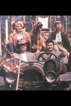 Classic tv beverly hillbillies on pinterest coast guard beverly hills and world war for Beverly hillbillies swimming pool
