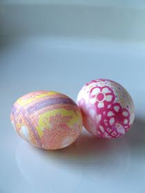 The Magic Onions :: A Waldorf Inspired Blog: Silk Dyed Easter Eggs