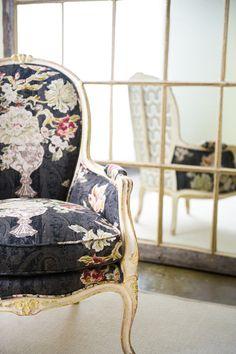 floral seat.ZsaZsa Bellagio