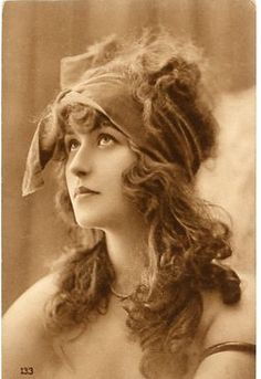 Early French glamour postcard
